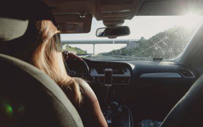 Rosja. Zniesienie zakazu prowadzenie dalekobieżnych ciężarówek przez kobiety.